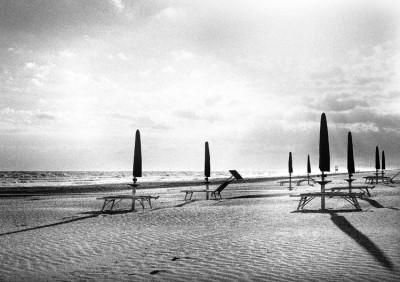 Cold beach.4