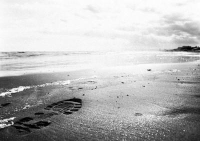Cold beach.8